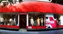 ee2f3ae23dfc Prémium minőségű angol használtruha üzletek Budapest belvárosában ...